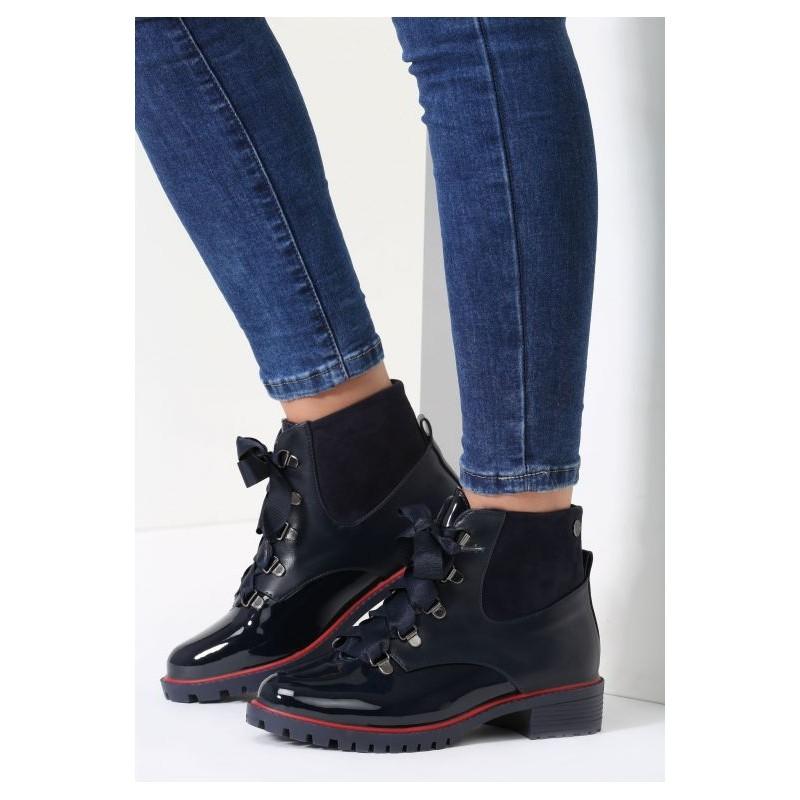 Tmavo modré dámske topánky na jeseň - fashionday.eu 34a81d1ef32
