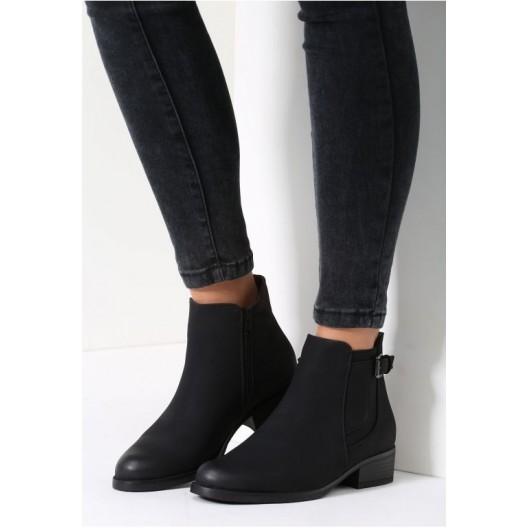Čierne dámske topánky na nízkom podpätku