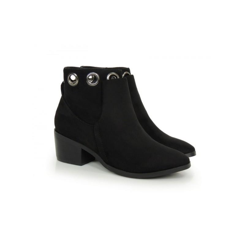 Predchádzajúci. Elegantná dámská zimná obuv čiernej farby ... 81a70093b4b