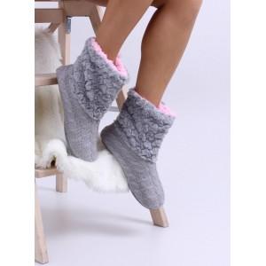 Zateplené dámske papuče v sivej farbe