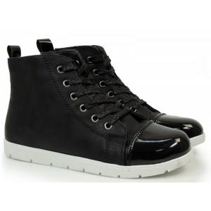 Dámske zateplené topánky v čiernej farbe