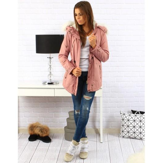 Dámska bunda na zimu v ružovej farbe