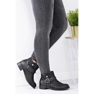 Čierne dámske členkové topánky na nízkom podpätku