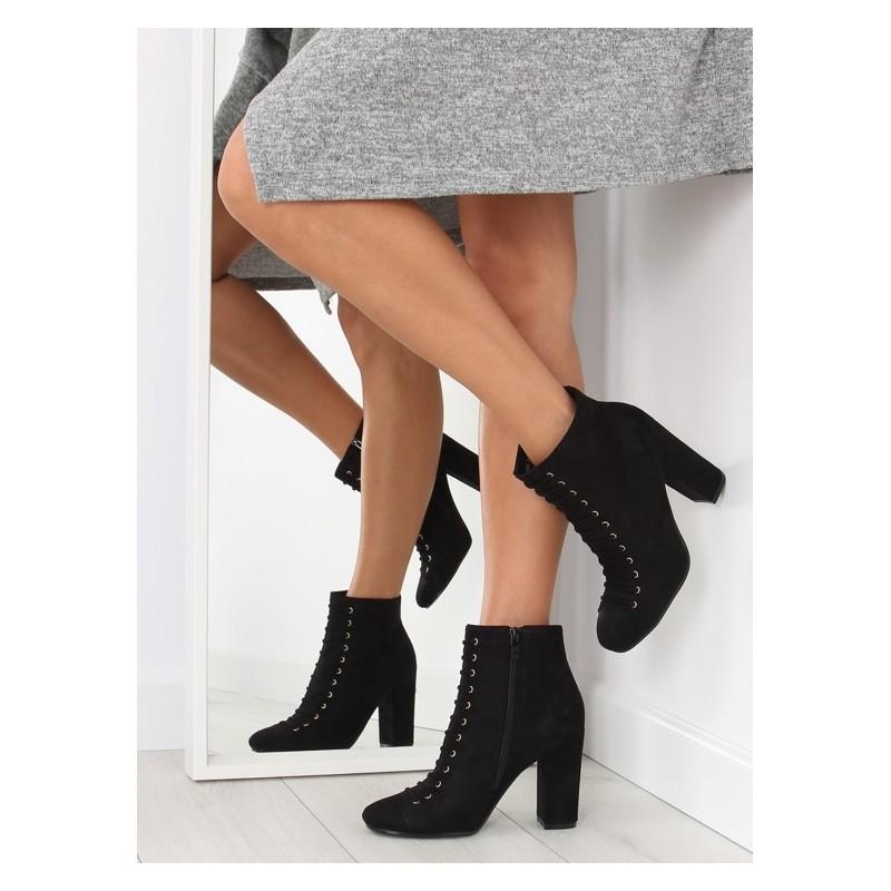 0f069fc7ed Dámske kotníkové topánky na šnúrovanie čiernej farby - fashionday.eu