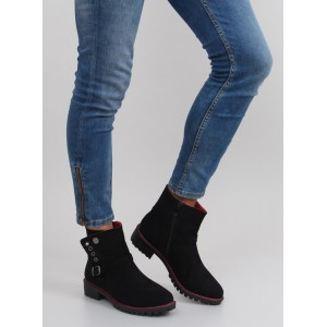 Dámske kotníkové topánky čiernej farby