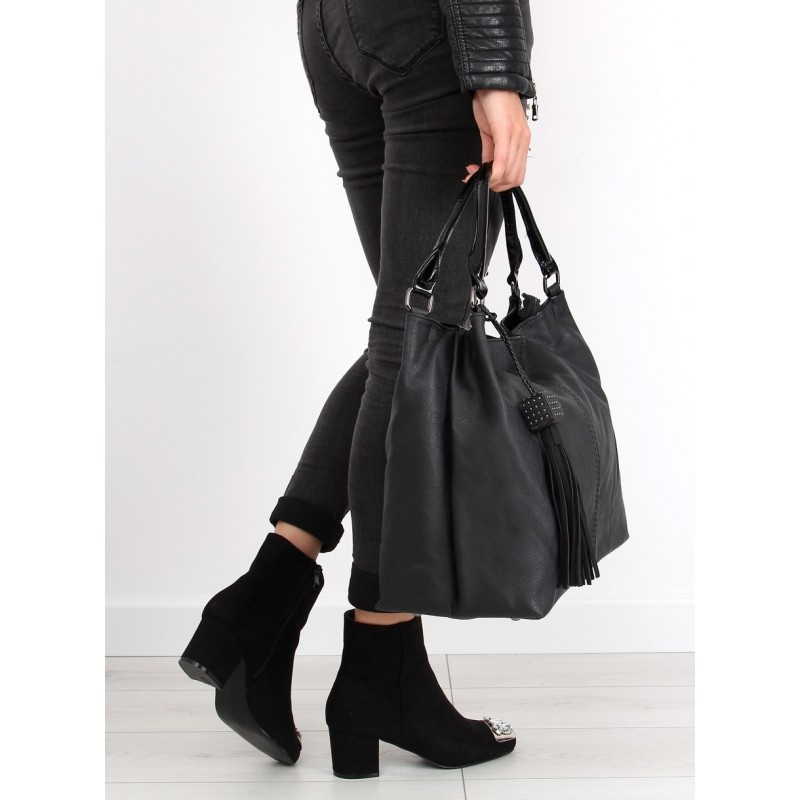 Predchádzajúci. Čierna dámska kabelka so strapcami ... 651fcc923f6