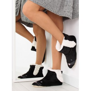 Mäkké dámske papuče v čiernej farbe