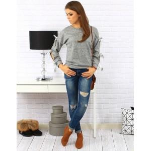 Moderný sivý dámsky sveter s mašličkami na rukávoch