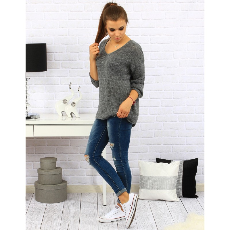 7daa436f848a Dámsky zimný pletený sveter s viazaním na zadnej strane v sivej ...