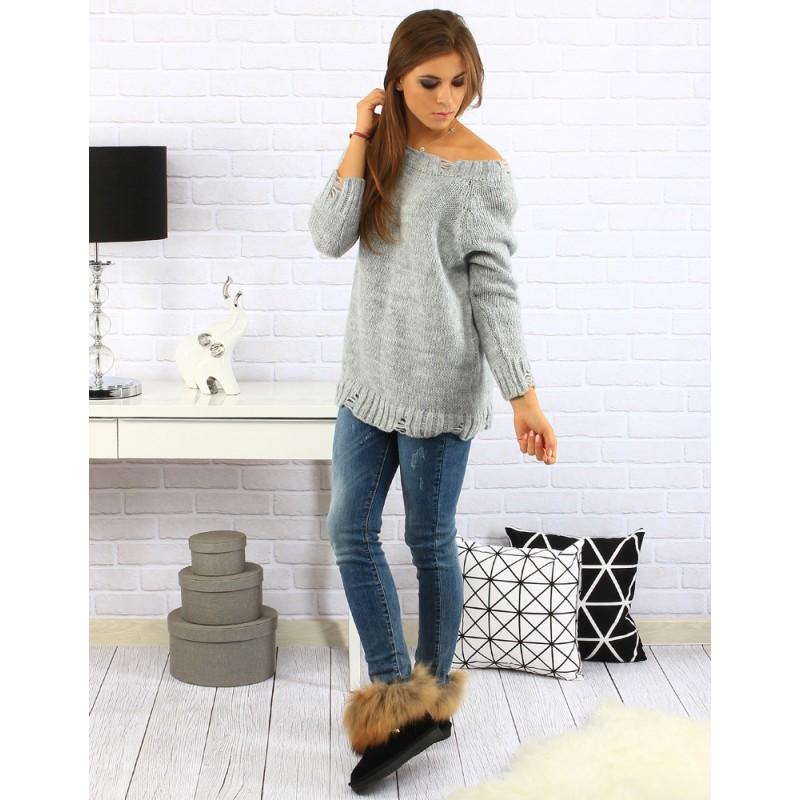 74946fa12d16 Sivý dámsky predlžený pletený sveter s trojštvrťovým rukávom ...