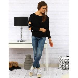 Jednoduchý čierny dámsky bavlnený sveter s perličkami na rukávoch