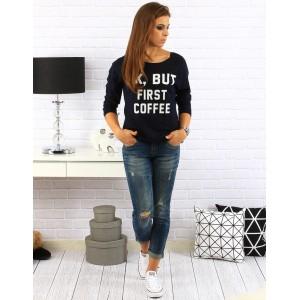 Čierny dámsky sveter s bielym nápisom Ok but first coffee
