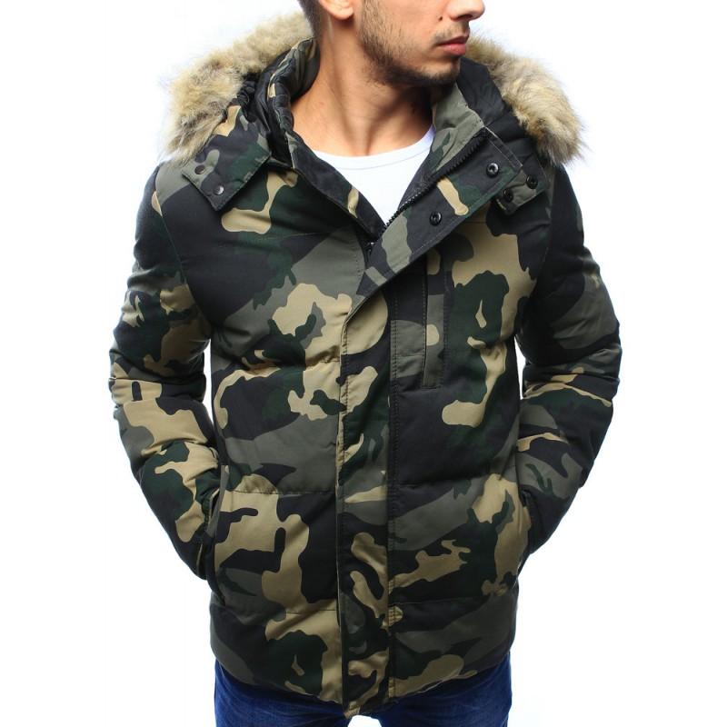 Pánska zimná predlžená bunda v maskáčovej farbe s hnedou kožušinou ... def465a02e9