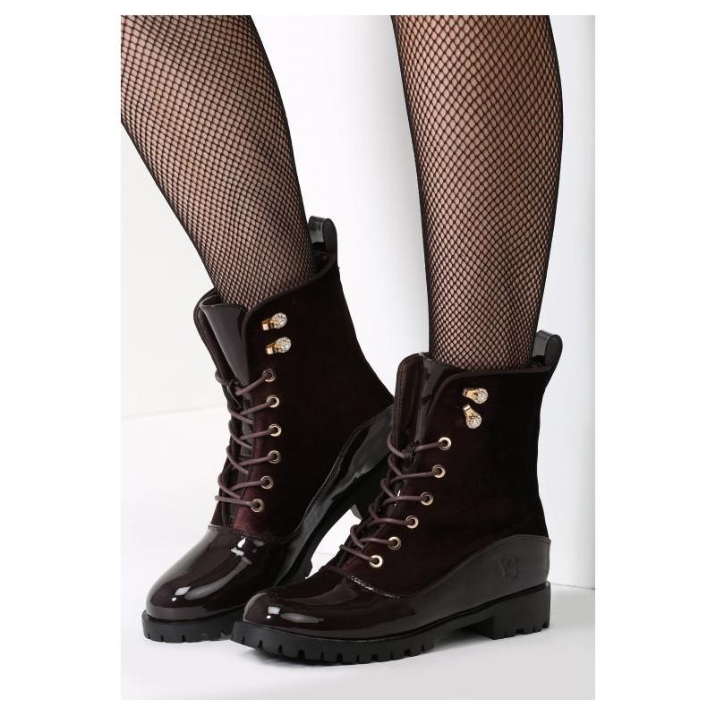 7e8fc031a7b1 Predchádzajúci. Luxusné dámske hnedé topánky na zimu s lesklou špičkou ...