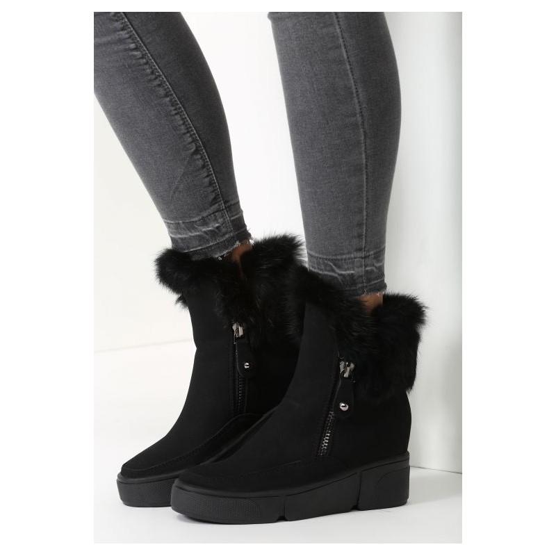 ee99cc7937718 Dámske čierne zateplené topánky na hrubej čiernej podrážke s čiernou ...