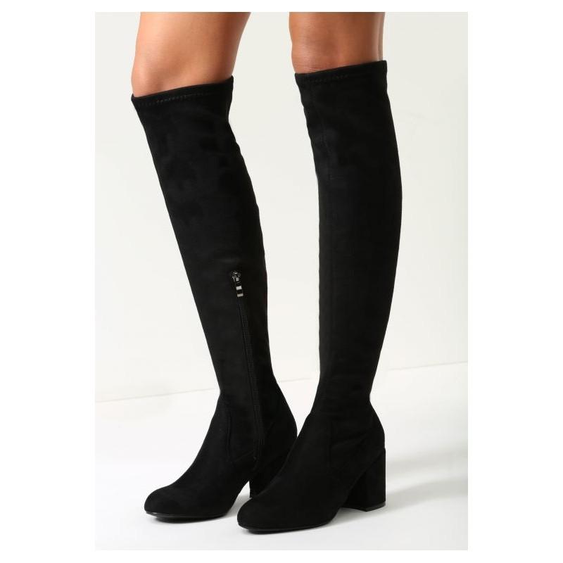 23f788ce6b737 Jednoduché dámske vysoké čižmy nad kolená v čiernej farbe s hrubym ...