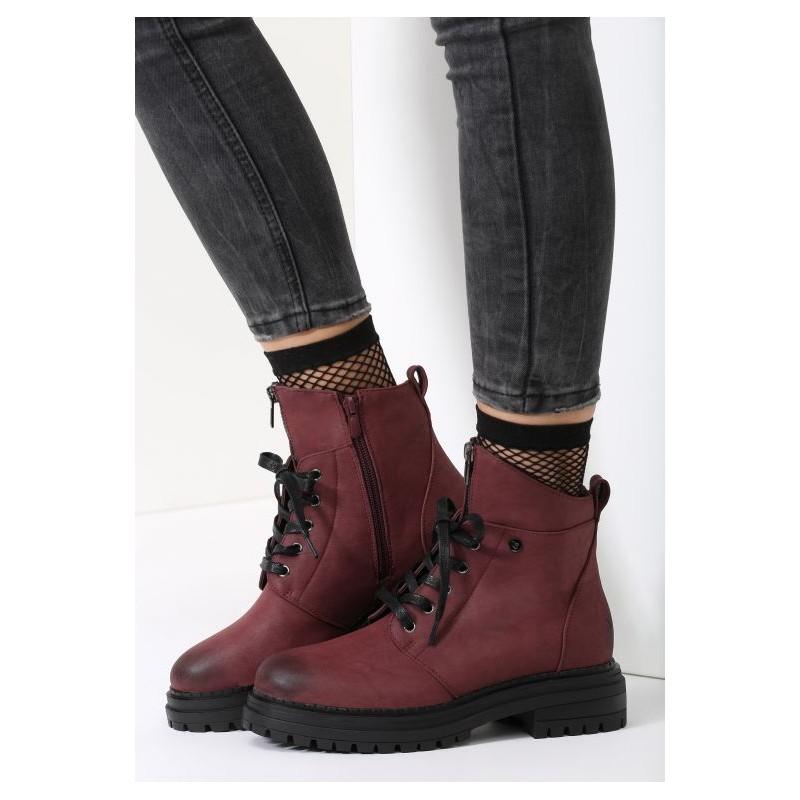 7dd8ce6e0f89 Predchádzajúci. Členkové dámske zateplené topánky bordovej farby na nízkom  podpätku ...