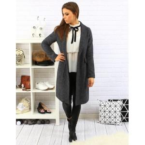 Elegantný dámsky predlžený kabát v sivej farbe s veľkými vreckami a zapínaním na gombík