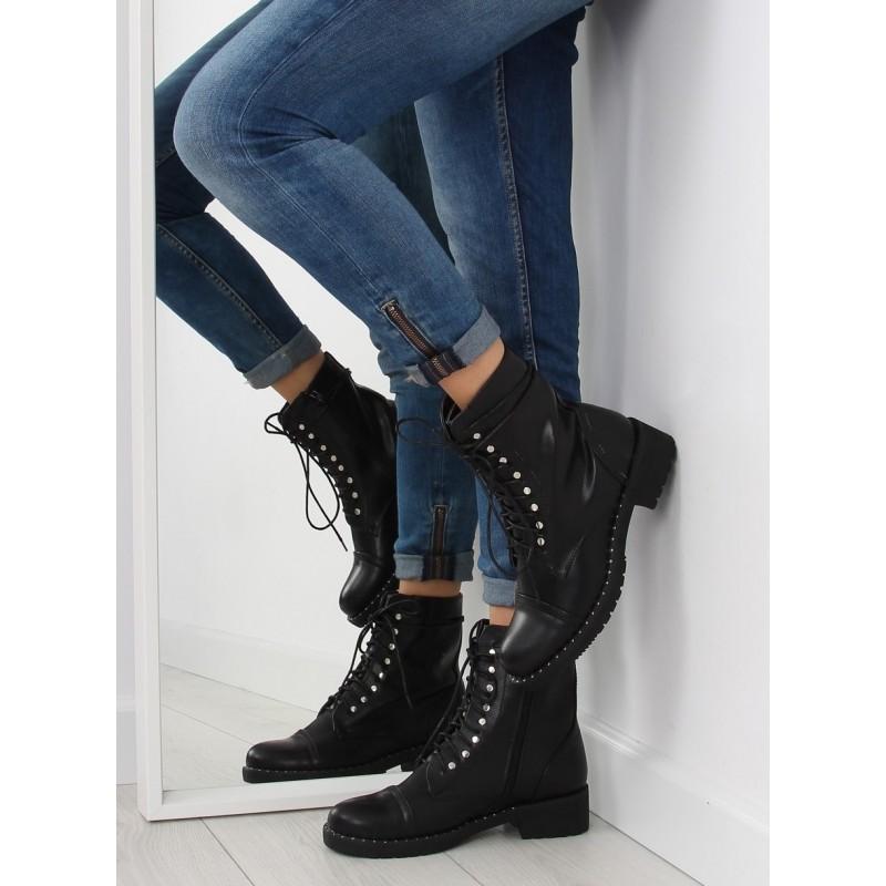 42aeff2b4609 Elegantné čierne dámske topánky na zips s kamienkami - fashionday.eu