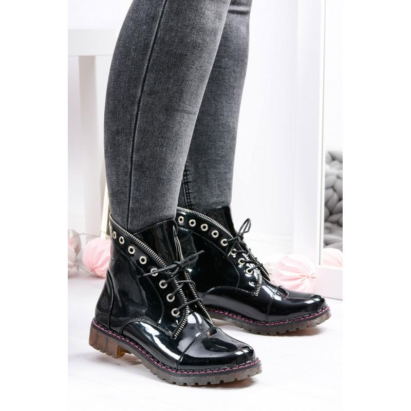 1c018d6172434 Predchádzajúci. Lesklé čierne dámske členkové topánky na šnúrovanie ...