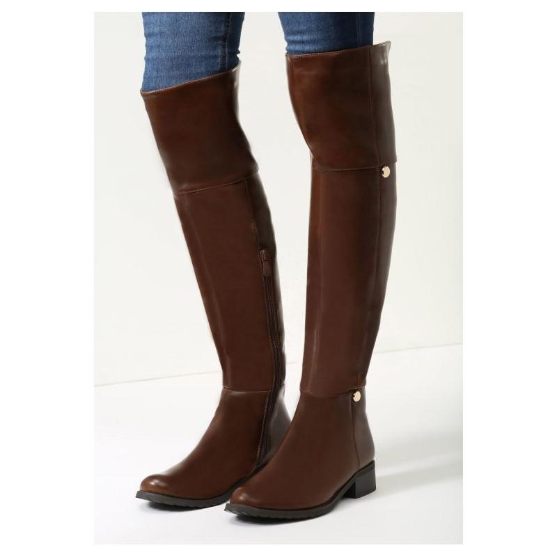 84587bdb5 Dámske hnedé vysoké čižmy nad kolená s čiernou podrážkou - fashionday.eu
