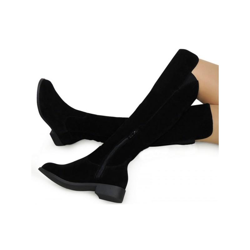 Predchádzajúci. Dámske čižmy nad kolená na nízkom podpätku v čiernej farbe 26c14ec52bb