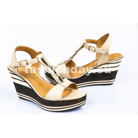 Dámske kožené sandále béžové DT087
