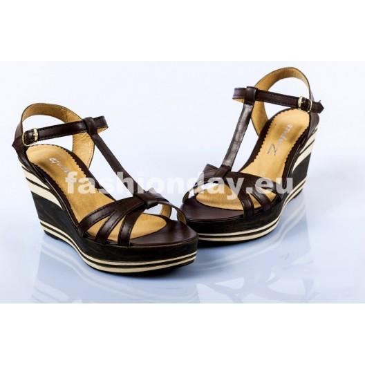 Dámske kožené sandále tmavo hnedé DT093