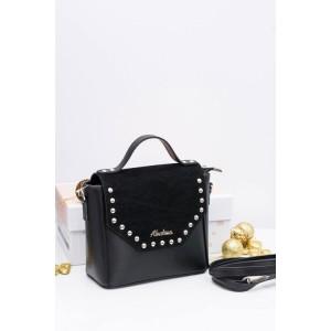 Moderná dámska crossbody kabelka v čiernej farbe s jemným vybíjaním