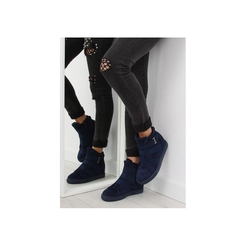59b872470b2d Predchádzajúci. Semišová dámska členková obuv modrej farby s platformou ...