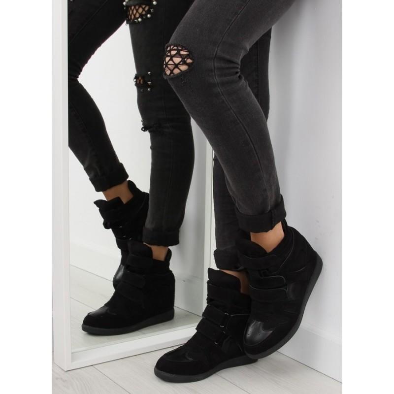 95a0742e9 Športové dámske semišové topánky na plnom podpätku čiernej farby ...