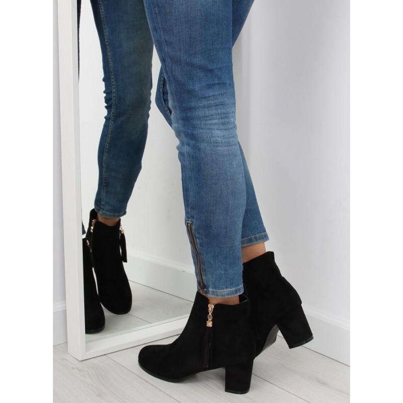 cb09335671 Čierne dámske členkové topánky na podpätku so zapínaním na zips ...