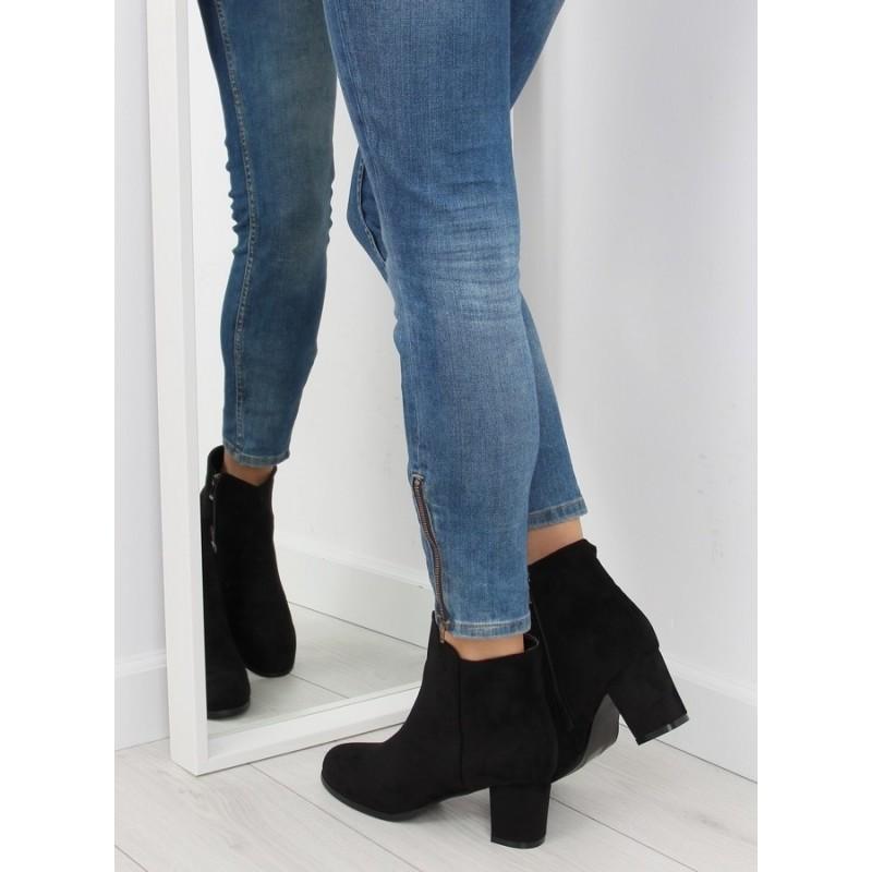7046d0dc8f Predchádzajúci. Elegantné dámske vysoké topánky čiernej farby ...