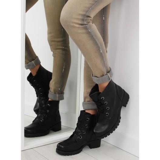 Čierne dámske členkové topánky na šnúrovanie s hrubou podrážkou