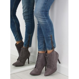 Dámske topánky na vysokom podpätku sivej farby