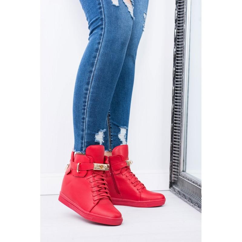 6ba921453a41a Moderné dámske členkové topánky červenej farby s prackou a šnúrkami ...