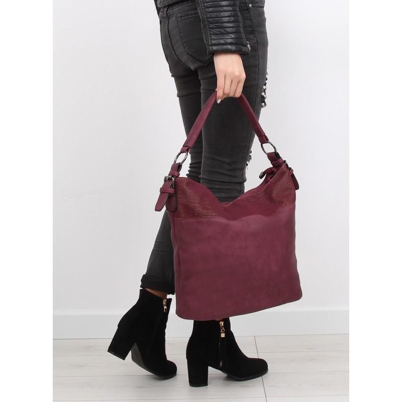 5d72f56926 Bordová dámska kabelka na rameno vhodná na každý deň - fashionday.eu