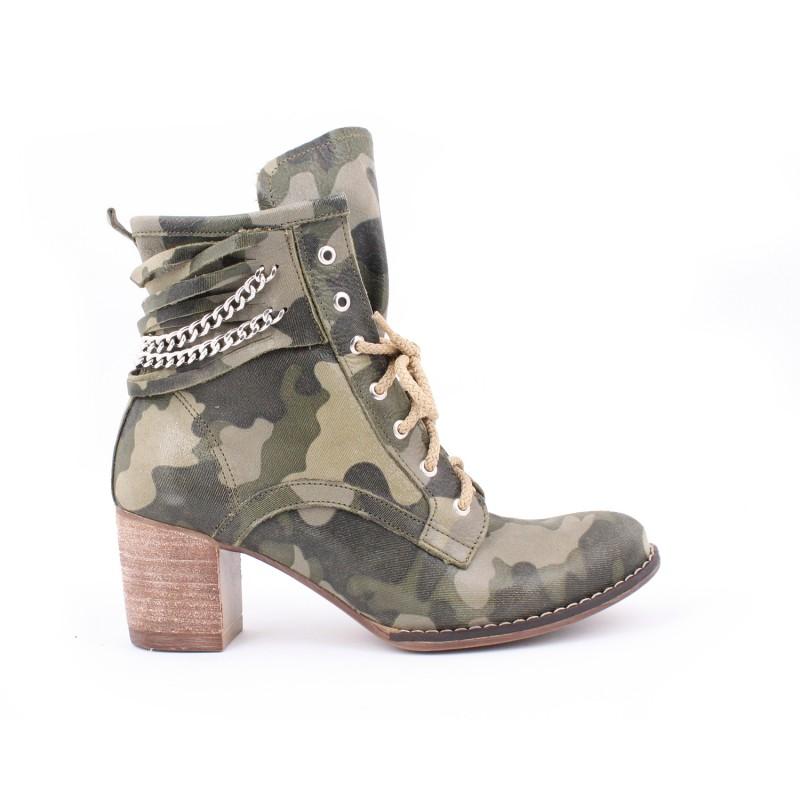 ... vzorom na vysokom podpätku  Kožené dámske topánky s maskačovým ... 5282e4bd2b6