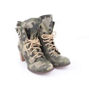 Kožené dámske topánky s maskačovým vzorom na vysokom podpätku