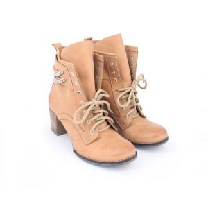 Kožené dámske topánky s viazaním na šnúrky na vysokom podpätku