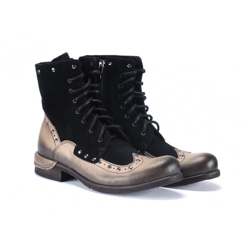 ... čiernej farbe COMODO E SANO · Kožené pánske kotníkové topánky ... 89e59bdc620