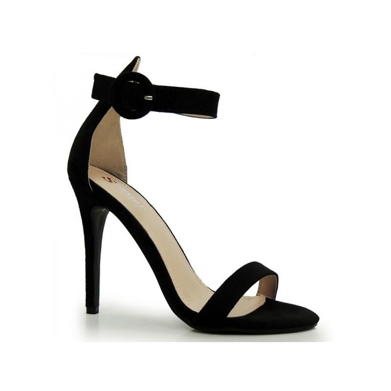 80ccfa43551f6 Jednoduché dámske sandále na podpätku v čiernej farbe - fashionday.eu