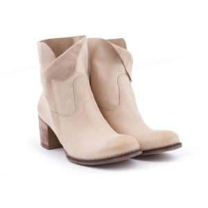Členkové kožené dámske topánky béžovej farby