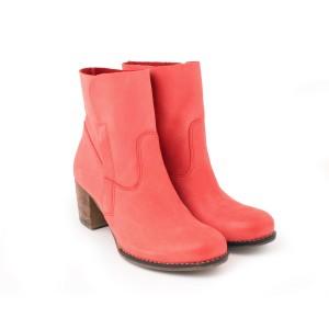 Elegantné dámske kožené topánky na zips červenej farby
