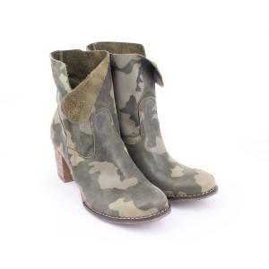 Kožené dámske členkové topánky s maskáčovým vzorom na zips