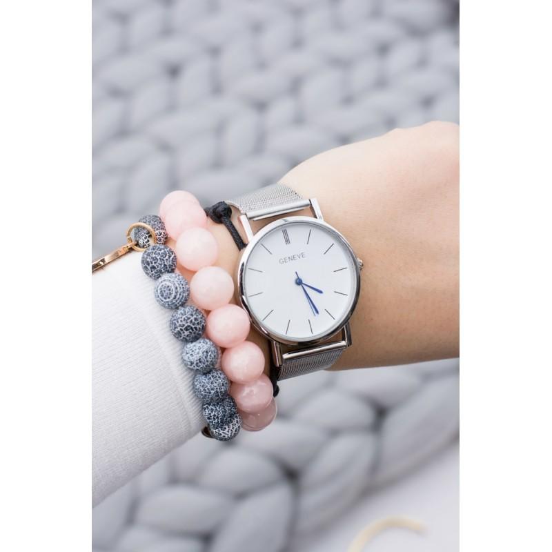 6835f2d4f Elegantné strieborné dámske hodinky s kovovým remienkom a modrými ...