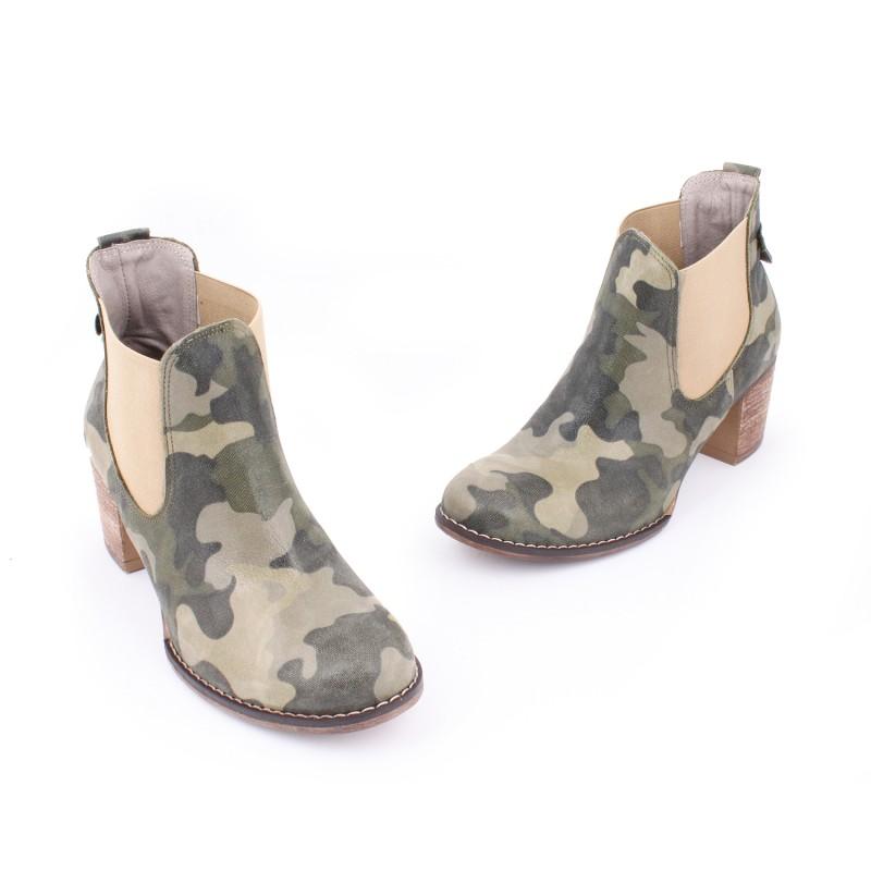 ... vysokom podpätku  Moderné kožené topánky s maskáčovým vzorom ... 02a5747acbe
