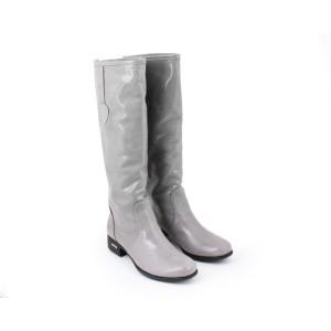 Sivé lesklé kožené čižmy  pre dámy na podpätku