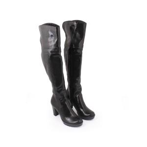 Lesklé čierne prechodné moderné čižmy pre dámy na zips