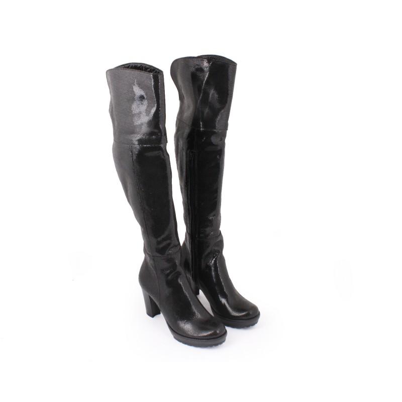 193c3ead3cbe Lesklé čierne prechodné moderné čižmy pre dámy na zips - fashionday.eu